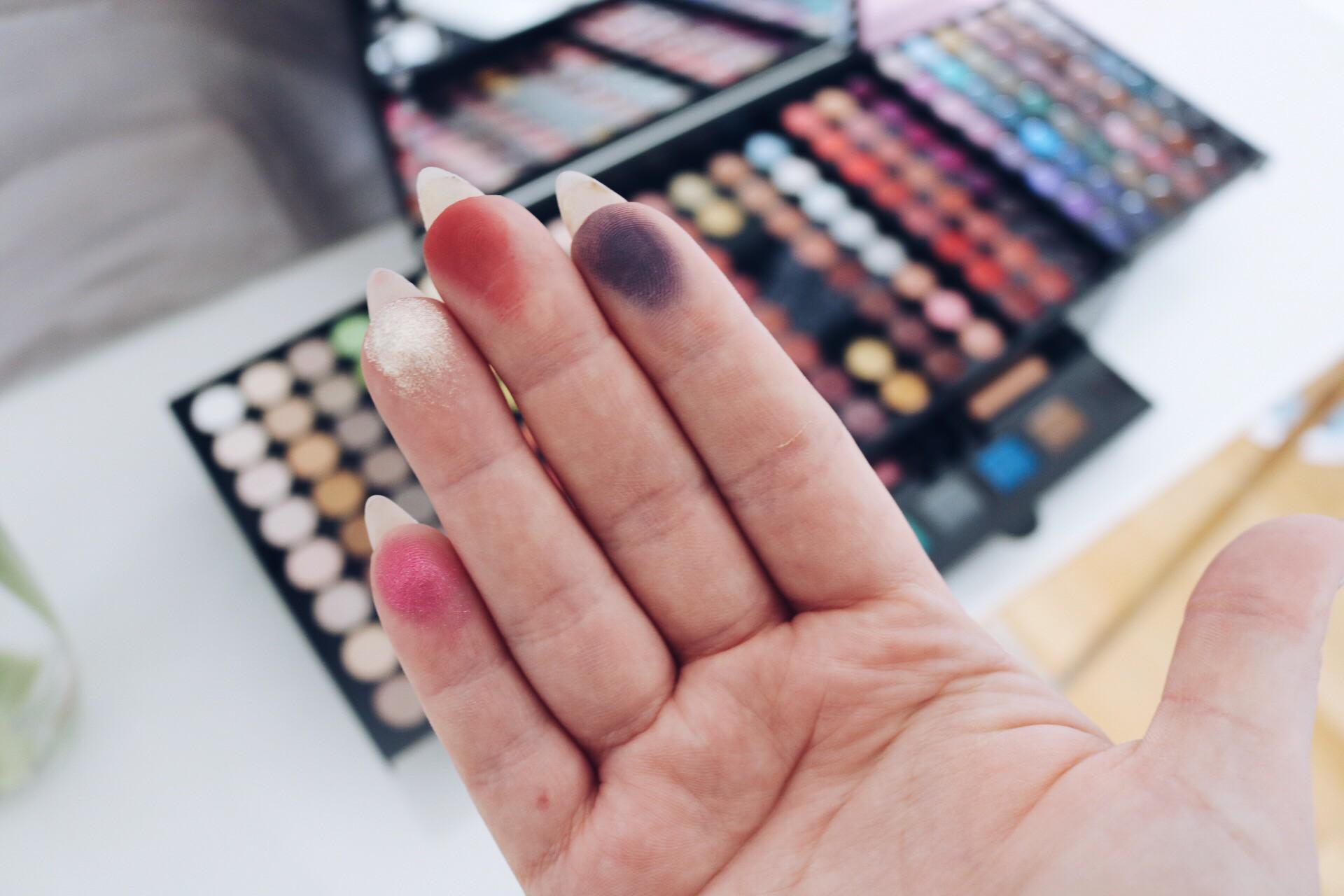 Sephora Palette Makeup Studio swatches läpprodukter ögonskuggor palett