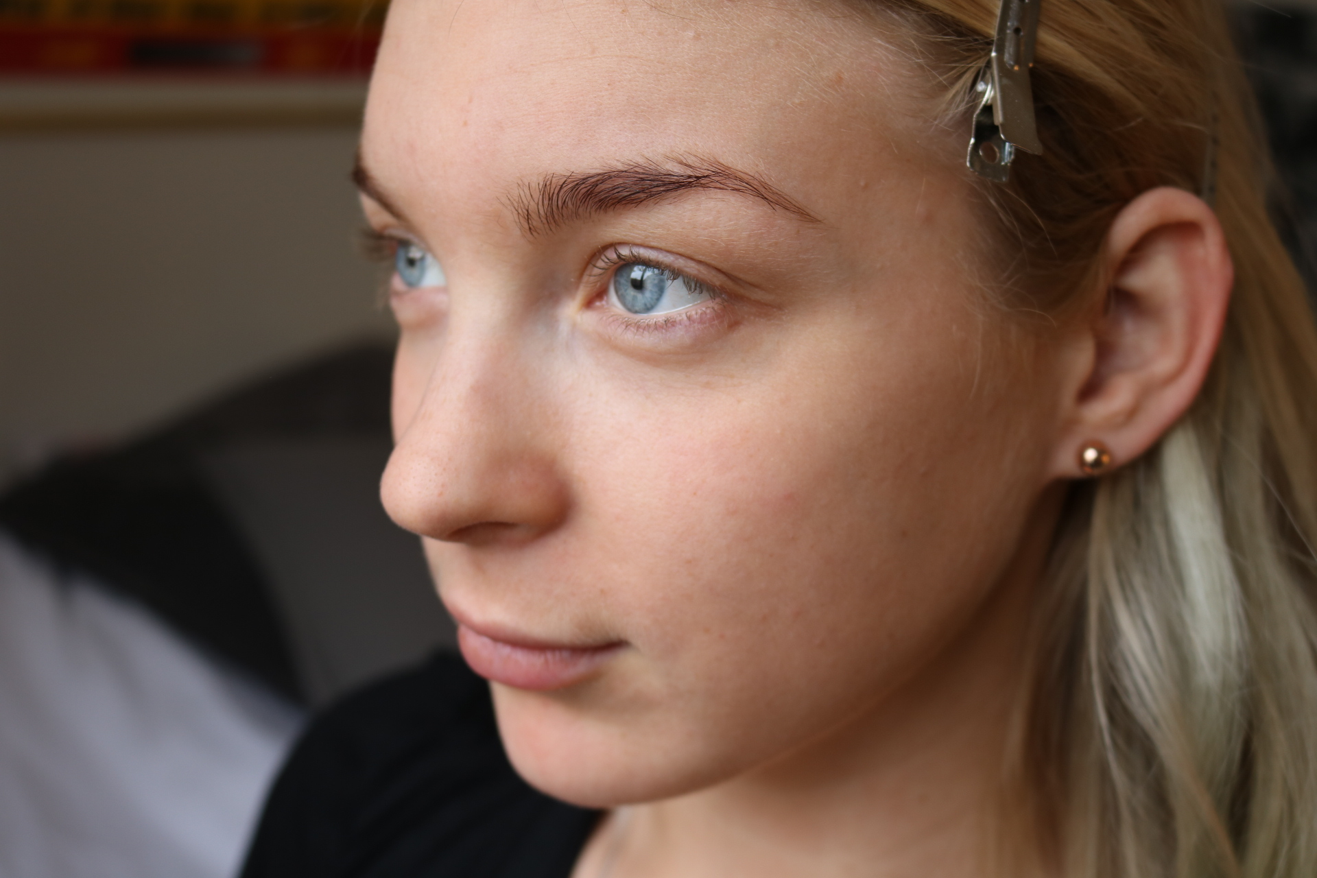 Sofia Börjesson golden bronze sminkning innan before