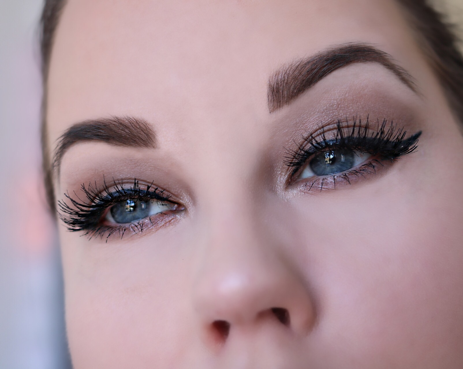 Brun sotning winged eyeliner amandahans skönhetsblogg