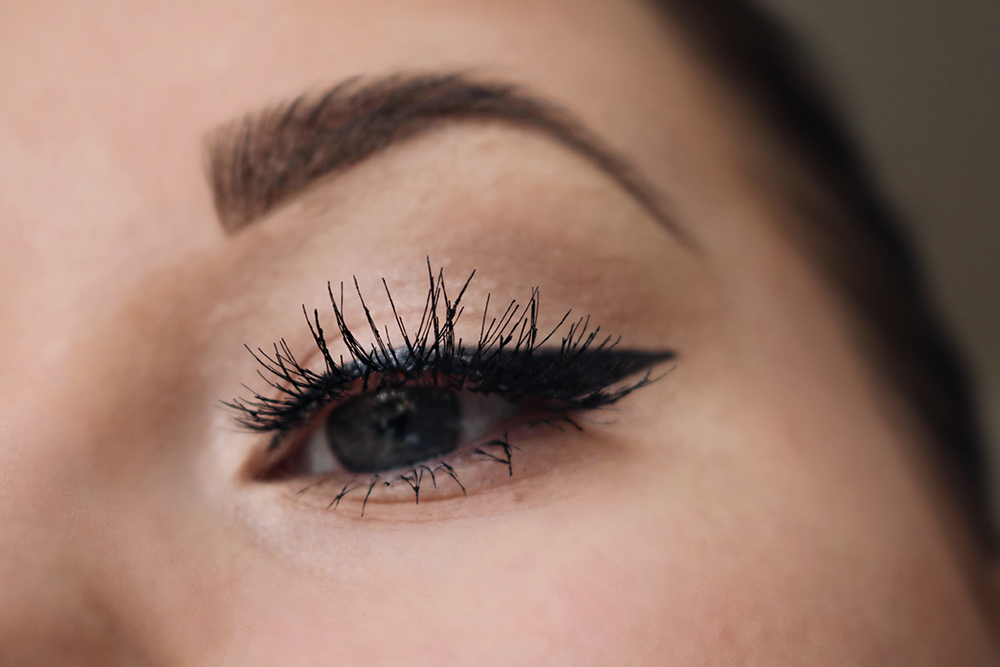 Winged Eyeliner - Lösögonfransar från Linda Hallberg tips sweed lashes