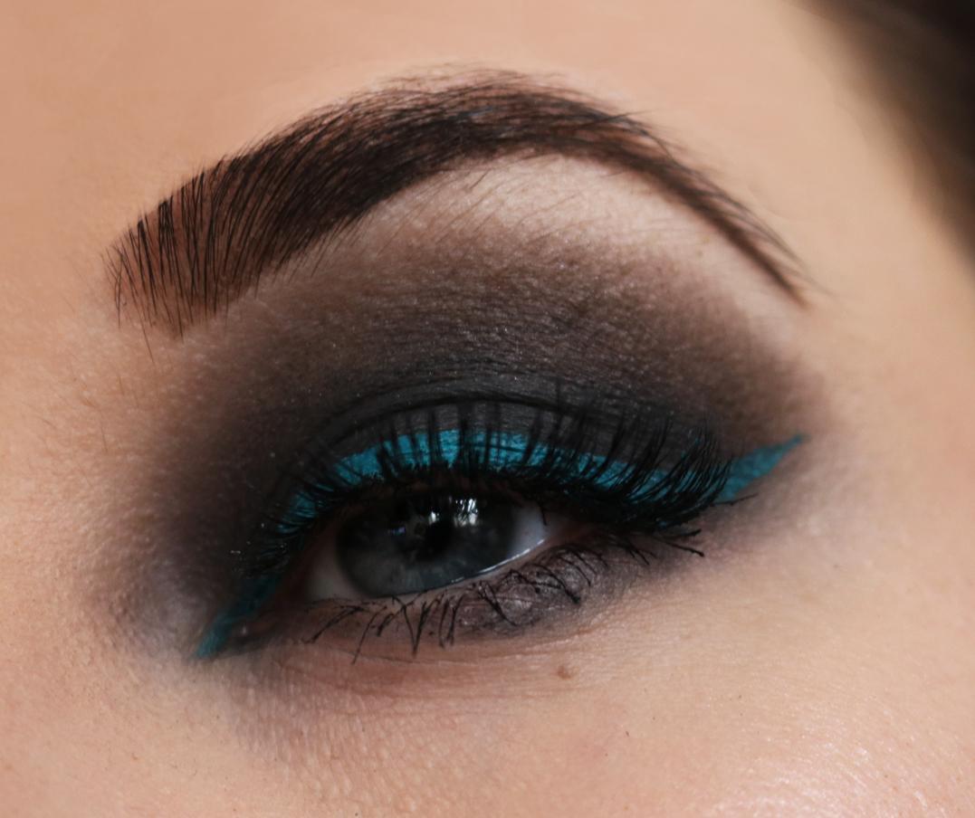 Inglot vattenfast AMC eyeliner nummer 87 svart sotning skönhetsblogg amandahans test