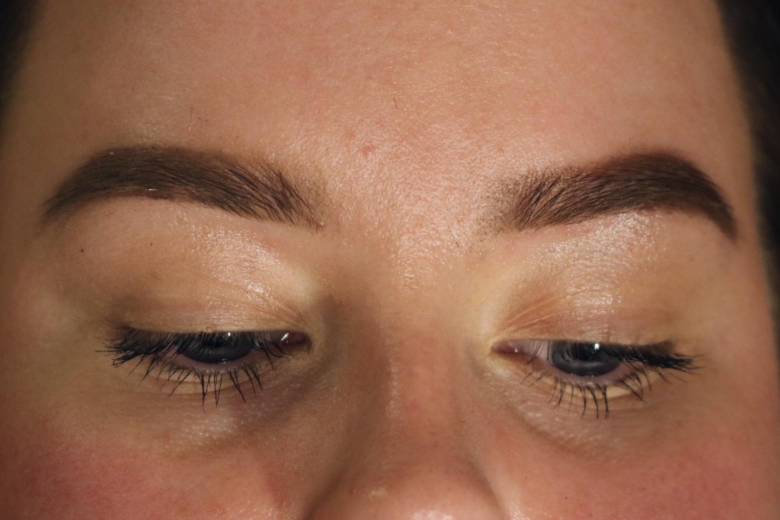 Daisy Beauty London 2016 Dag 1 Brow Gal och Apoliva, nyheter, amandahans, skönhetsblogg, skönhetsbloggare apoliva nyheter makeuptrender smink 2017 daisybeautylondon2016, tonya crooks The brow Gal
