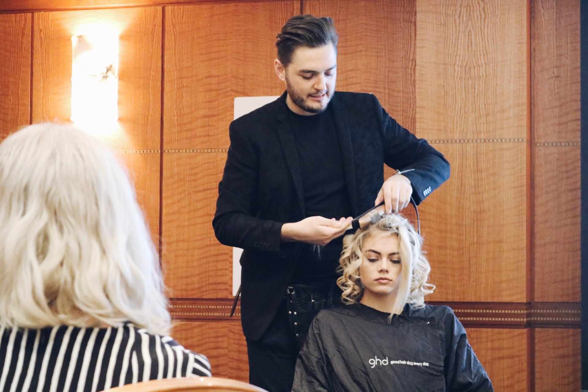 Daisy Beauty London 2016 Dag 2 GHD produkter, limited edition, bästa plattången, bästa locktången amandahans skönhetsblogg skönhetsbloggare Dafydd Rhys