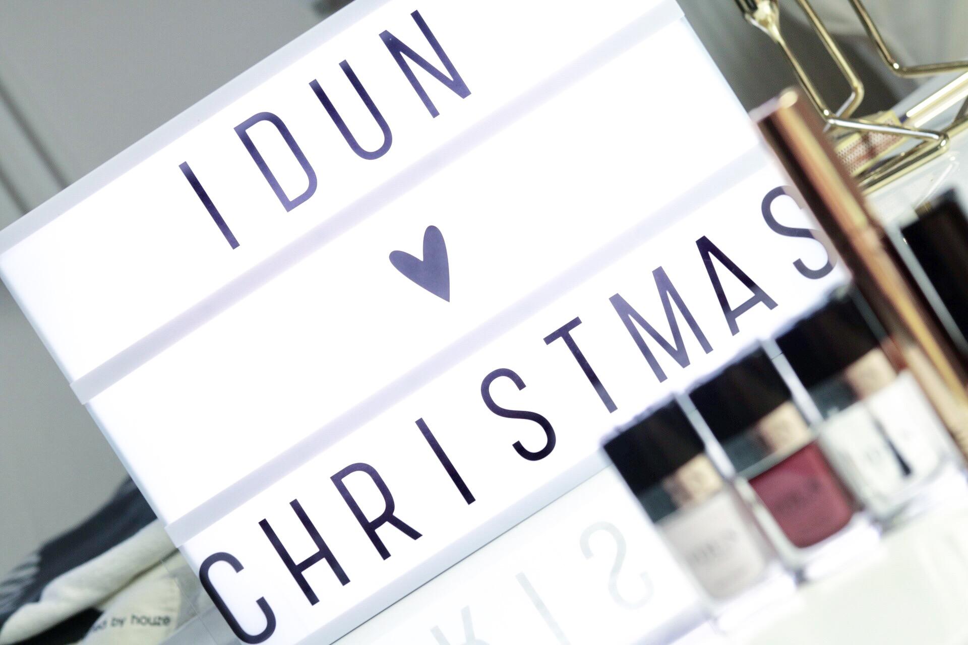 Julklappar för den skönhetsintresserade, tips, amandahans, skönhetsblogg, skönhetsbloggare, pressutskick, idun, idun minerals, mineralsmink, nagellack, julklappar, julklapp