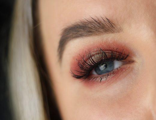 Amandahans, sminkning, julsminkning, röd ögonskugga, grön ögonskugga, Depend Sandra, depend, skönhetsblogg